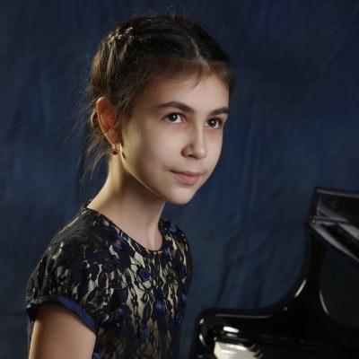 Alexandra Dovgan