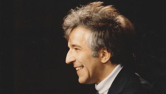 Vladimir Ashkenazy plays Schumann's Symphonic Etudes, Op. 13 and Papillons, Op. 2