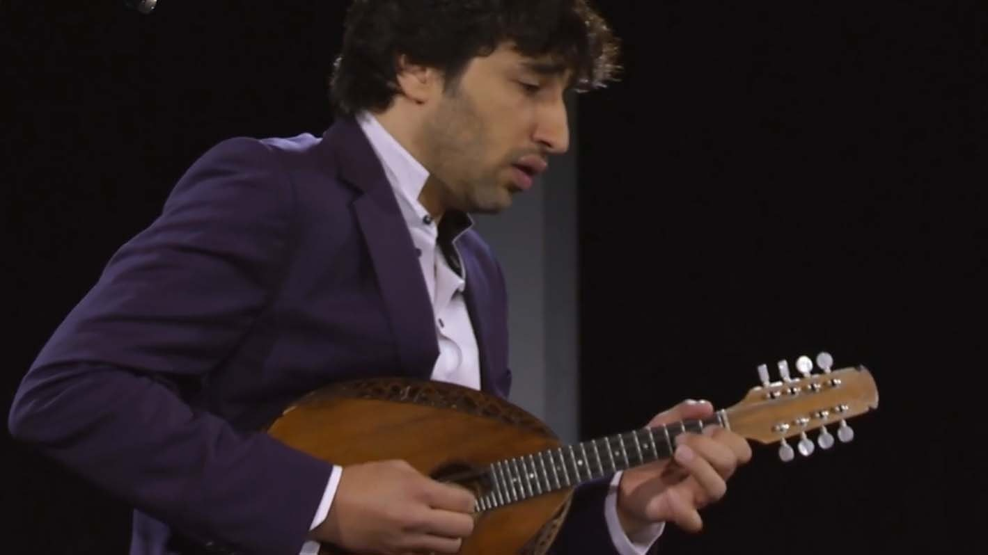 Avi Avital performs Sauli, Roustom, Kuwahara, Bach and Bloch