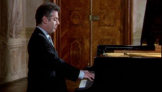 Daniel Barenboim interpreta la Sonata n.° 13, «Quasi una fantasia», de Beethoven