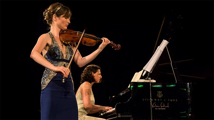 Lisa Batiashvili and Khatia Buniatishvili play Schubert and Franck