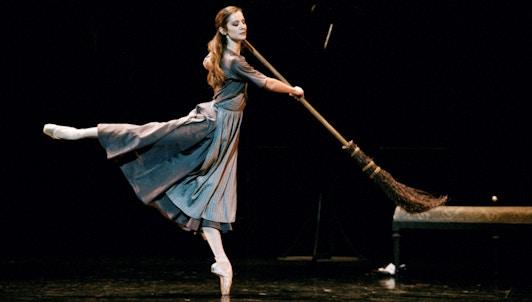 Cendrillon de Rudolf Nureyev, musique de Sergei Prokofiev