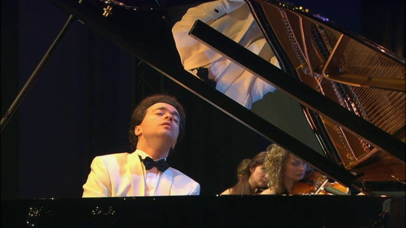 Evgeny Kissin plays Chopin