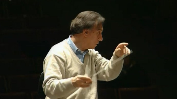 Claudio Abbado, The Silence that follows the music