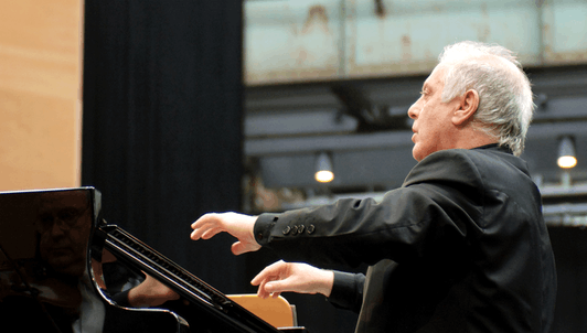 Daniel Barenboim joue et dirige le Concerto pour piano n°4 de Beethoven