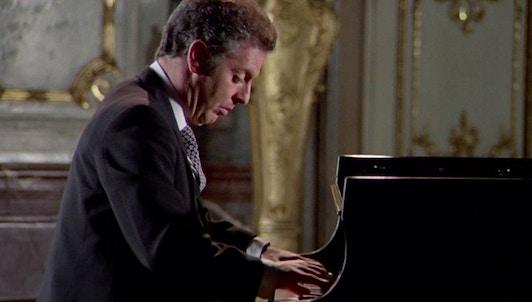 "Daniel Barenboim plays Beethoven's Sonata No. 24, ""À Thérèse"""