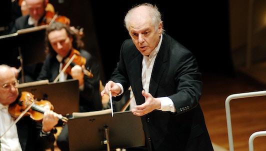 Daniel Barenboim dirige la Sinfonía n.° 8 de Bruckner