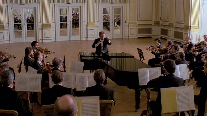 Daniel Barenboim plays and conducts Mozart's Piano Concerto No. 20