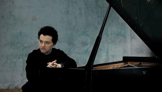 Evgeny Kissin plays Beethoven's sonatas