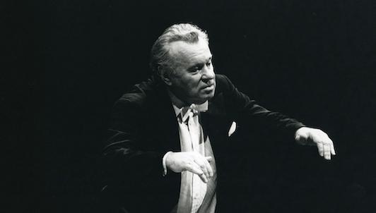 Yevgueni Svetlánov dirige la Sinfonía n.° 4 de Chaikovski