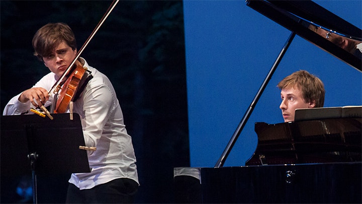 Adrien Boisseau and Gaspard Dehaene play Schumann, Schubert and Brahms