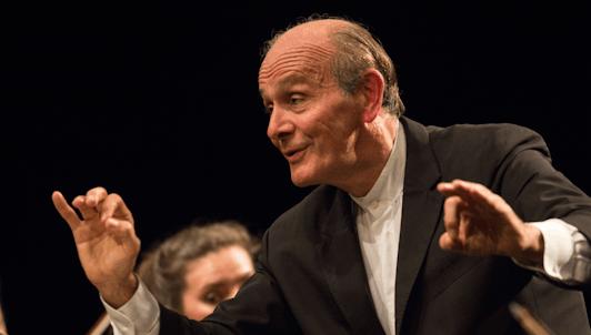 Gábor Takács-Nagy dirige la Sinfonía n.° 3 de Mendelssohn