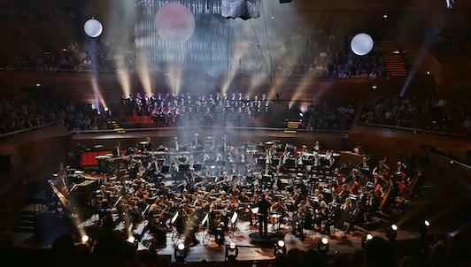 Antony Hermus dirige Galaxymphony: música de cintas de ciencia ficción