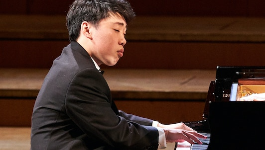 George Li performs Prokofiev's Piano Sonata No. 6