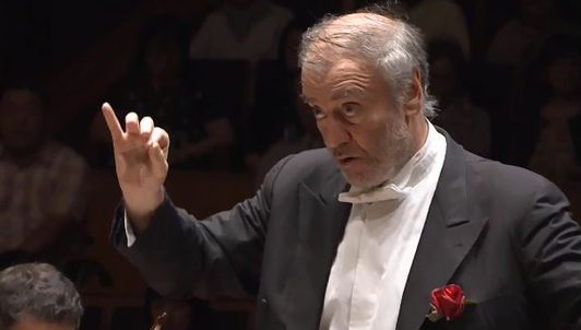 Valery Gergiev conducts Mendelssohn and Shostakovich