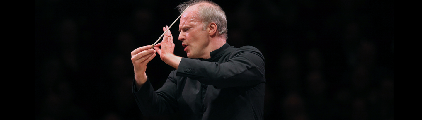 Gianandrea Noseda conducts Bernstein