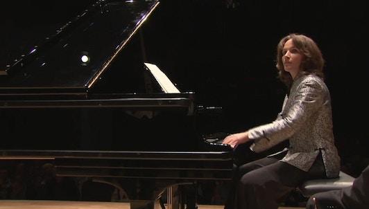 Hélène Grimaud et le Kammerorchester des Bayerischen Rundfunks dans Bach, Silvestrov et Dvořák