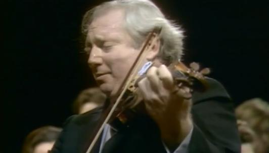Isaac Stern interpreta dos conciertos para violín de Mozart