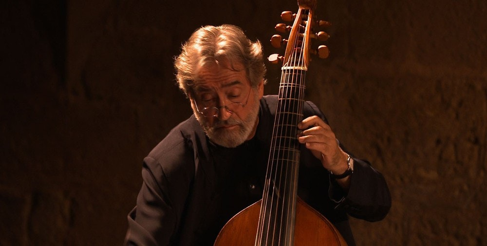 Jordi Savall celebrates the French Baroque with works by Lully, Couperin, Rameau, and more