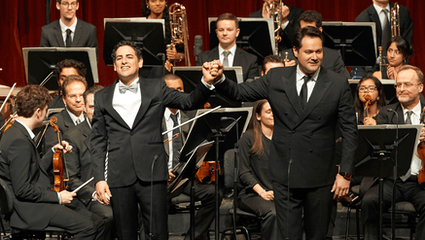 "Juan Diego Flórez and Friends sing for ""Sinfonia por el Perú"""