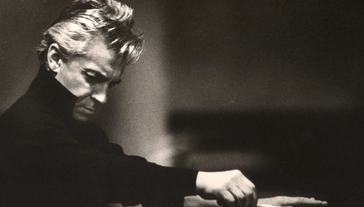Herbert von Karajan dirige Así habló Zaratustra de Strauss
