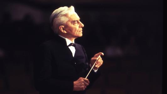 Herbert von Karajan dirige la Sinfonía n.° 4 de Chaikovski