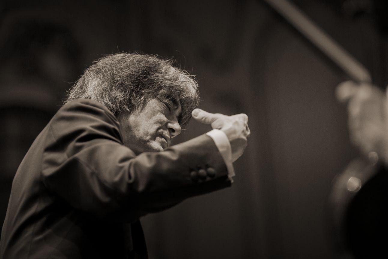 Kent Nagano conducts Bruckner's Symphony No. 4