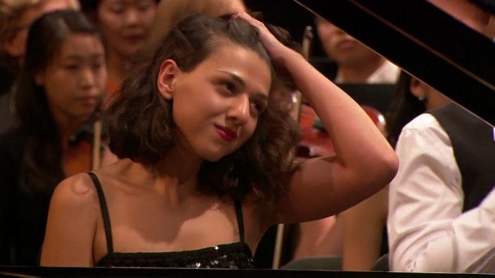 Khatia Buniatishvili plays Rachmaninov, Liszt, and Chopin