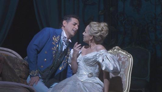 La traviata despierta pasiones en el Met de Nueva York