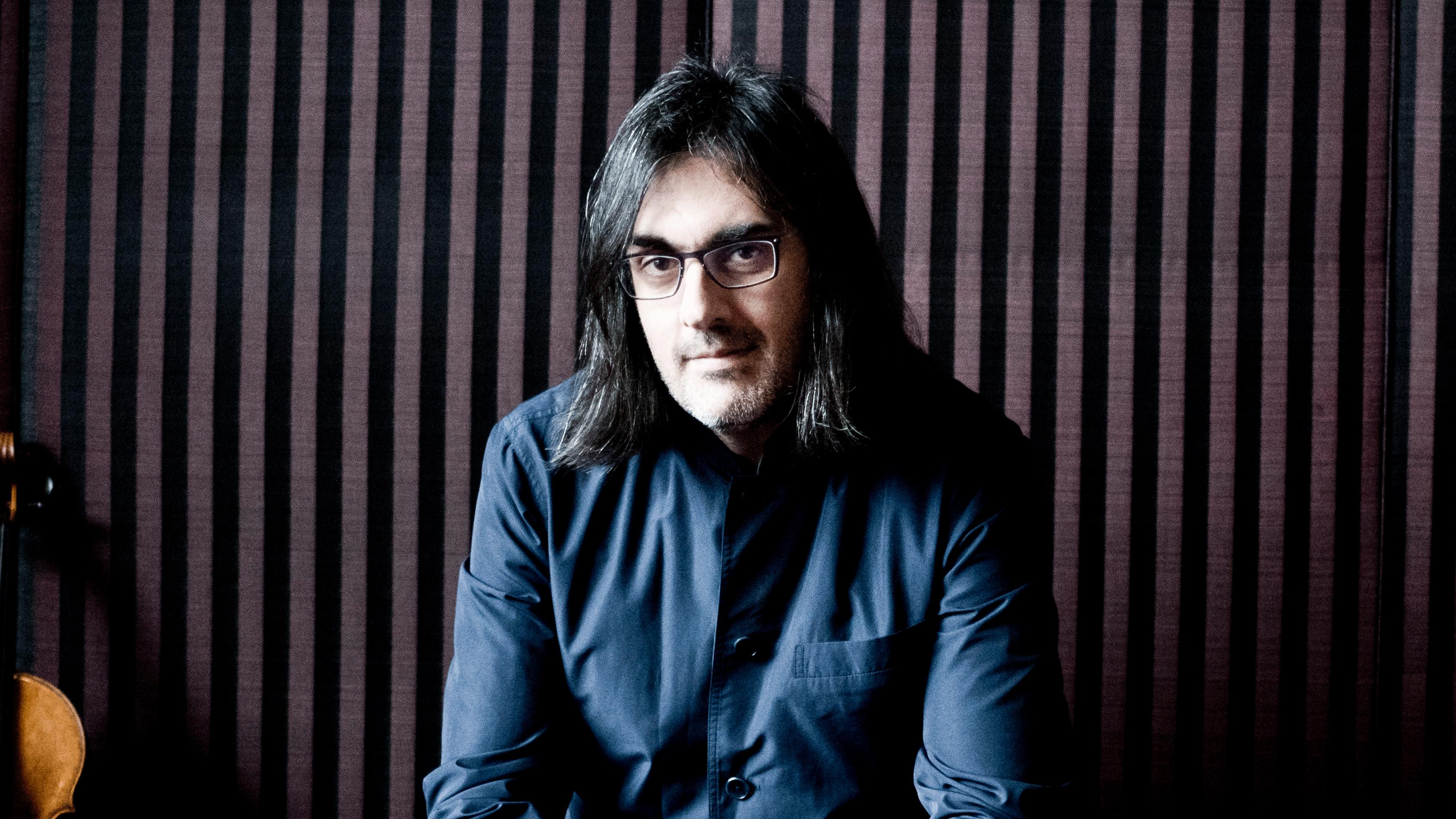 Lahav Shani conducts Daniel Shalit, Shostakovich and Berlioz – With Leonidas Kavakos