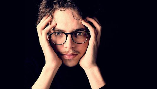 Lucas Debargue interprète Fauré, Ravel, Delplace et Debargue