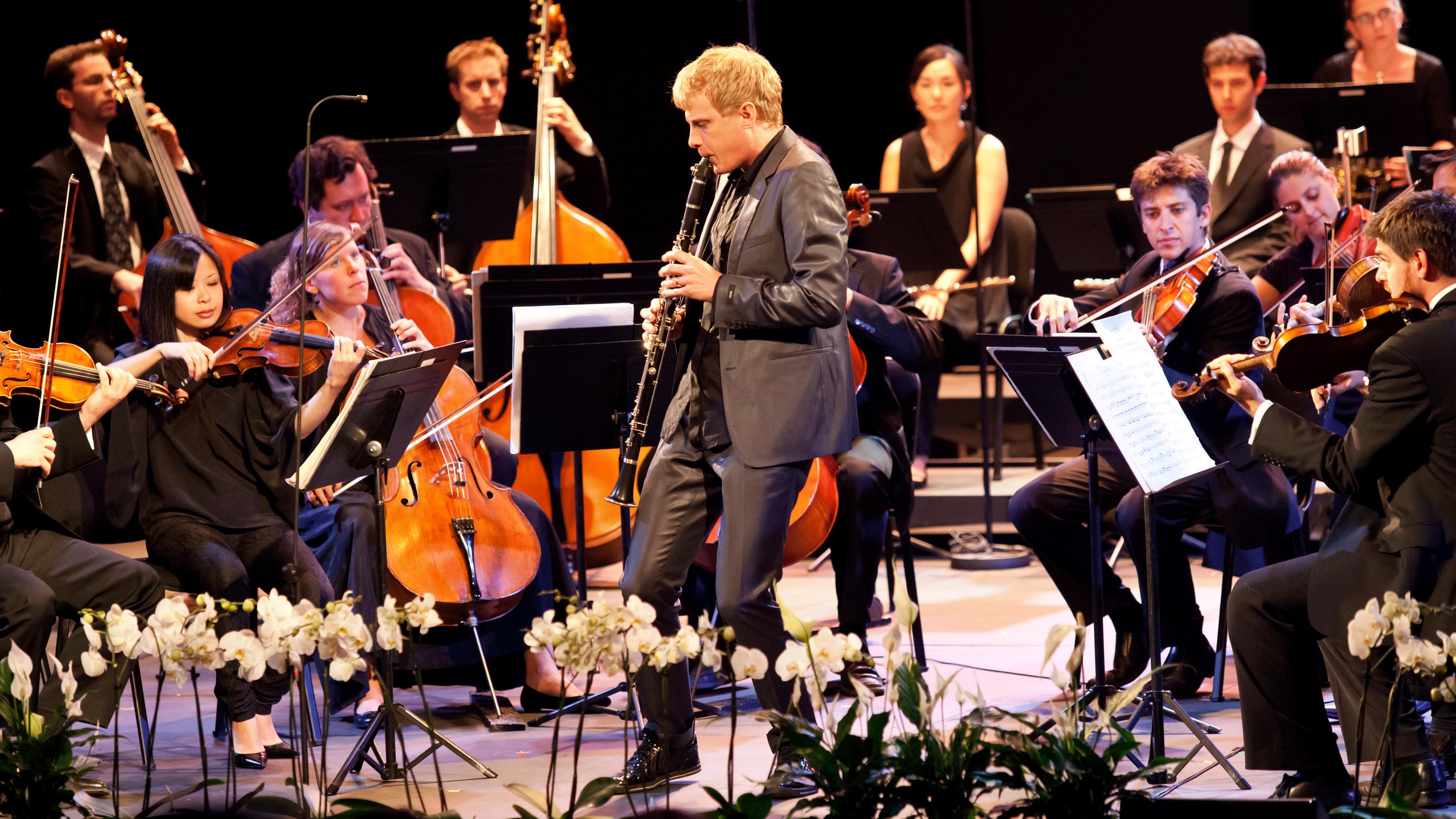 Martin Fröst interprète et dirige le Concerto pour clarinette de Mozart