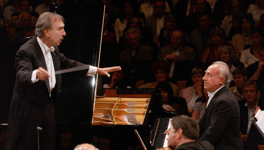 Maurizio Pollini and Claudio Abbado perform Beethoven's Piano Concerto No. 4