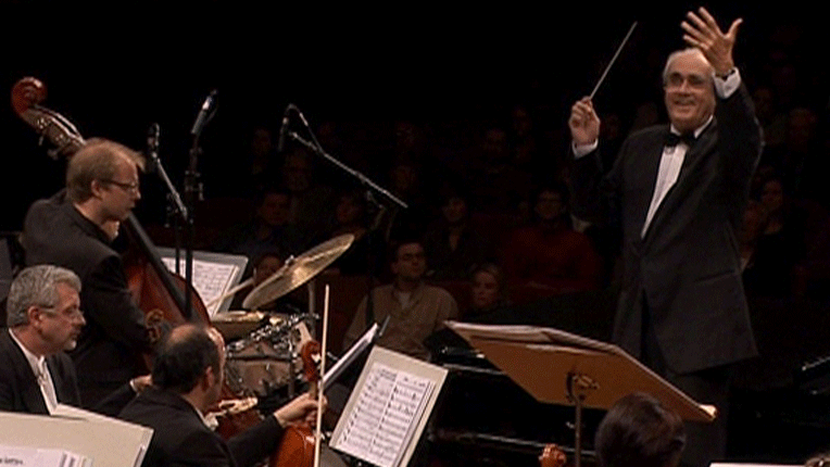 Michel Legrand conducts and plays some of his most famous film musics – With Hervé Meschinet, Claude Egéa, and Catherine Michel