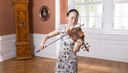 Midori plays Bach's Sonatas and Partitas for Solo Violin (I/II)
