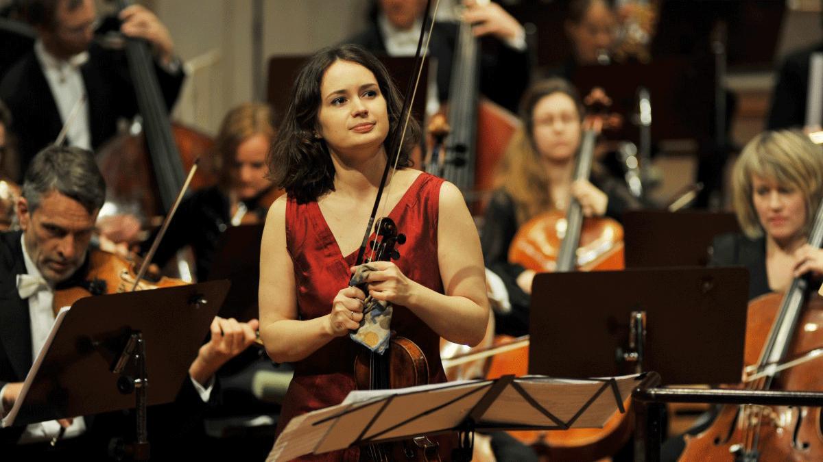 Patricia Kopatchinskaja plays Tchaikovsky's Violin Concerto
