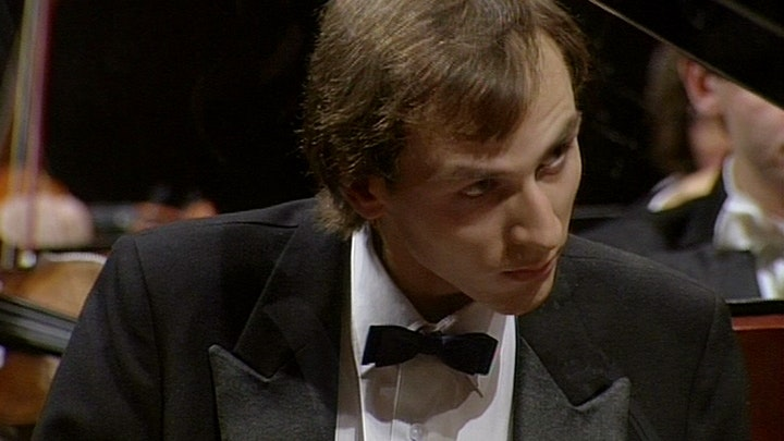 Petr Altrichter conducts Dvořák: Piano Concerto in G – With Igor Ardašev