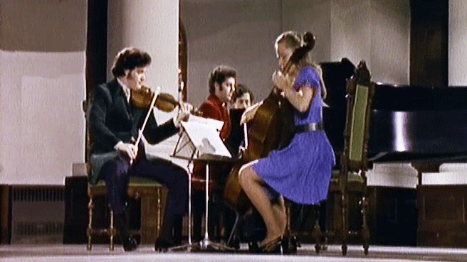 "Pinchas Zukerman, Jacqueline Du Pré and Daniel Barenboim perform Beethoven's ""Ghost Trio"""