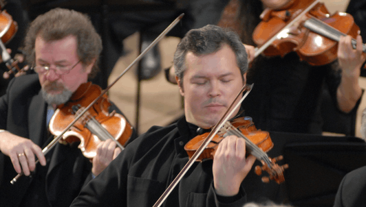 Sir Simon Rattle conducts Bruch, Beethoven and Stravinsky — With Vadim Repin