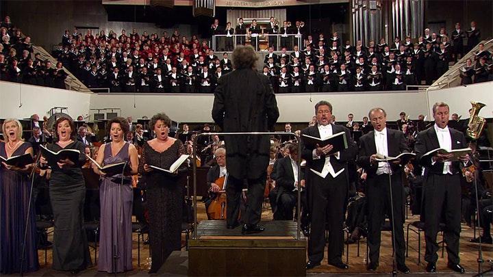 Riccardo Chailly dirige la Symphonie n°8 de Mahler