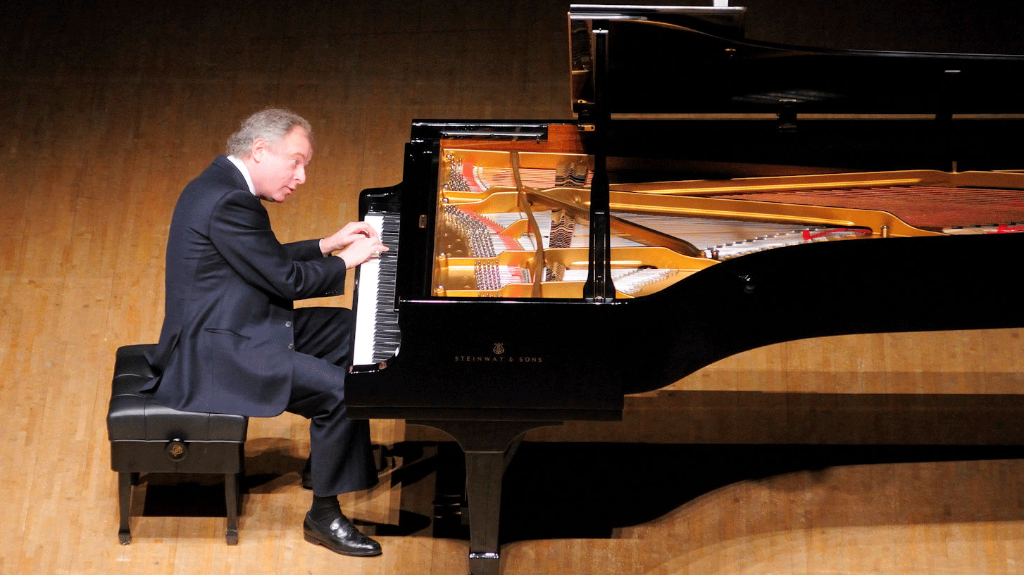 Sir András Schiff and the Ébène Quartet perform Schumann and Franck
