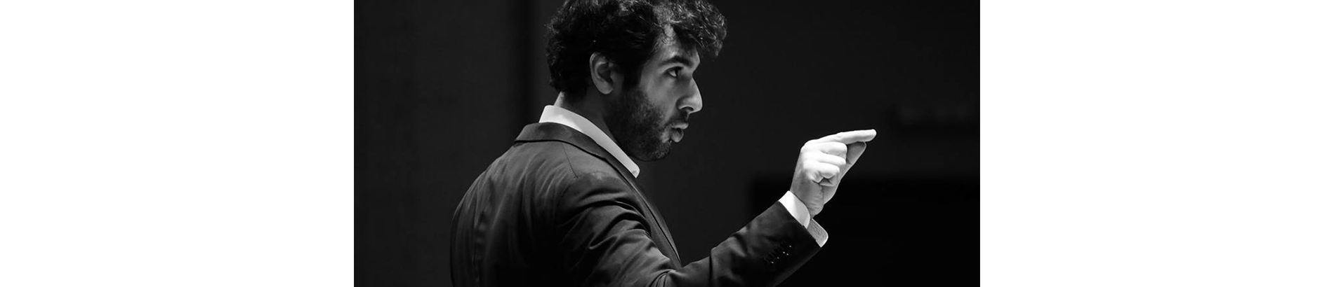 Sergey Smbatyan conducts Khachaturian and Terterian