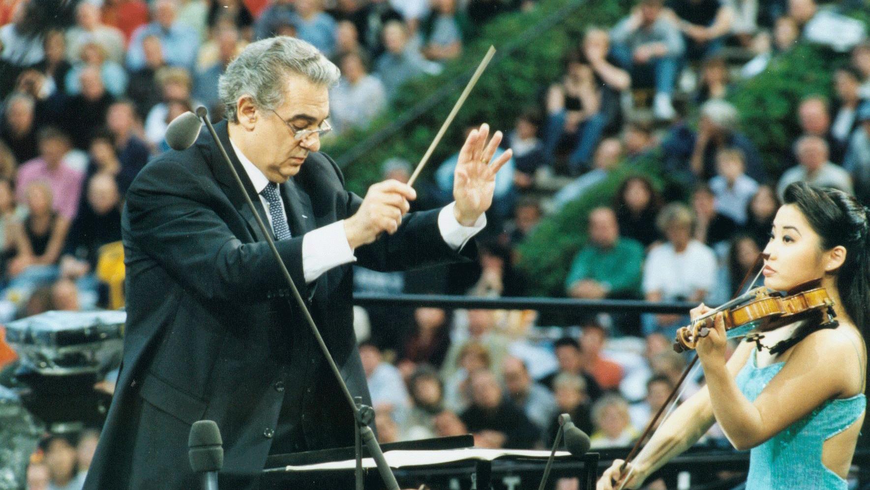 Plácido Domingo dirige un programme espagnol – Avec Ana Maria Martinez et Sarah Chang