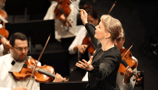 Susanna Mälkki conducts Berlioz and Elgar – With Alban Gerhardt