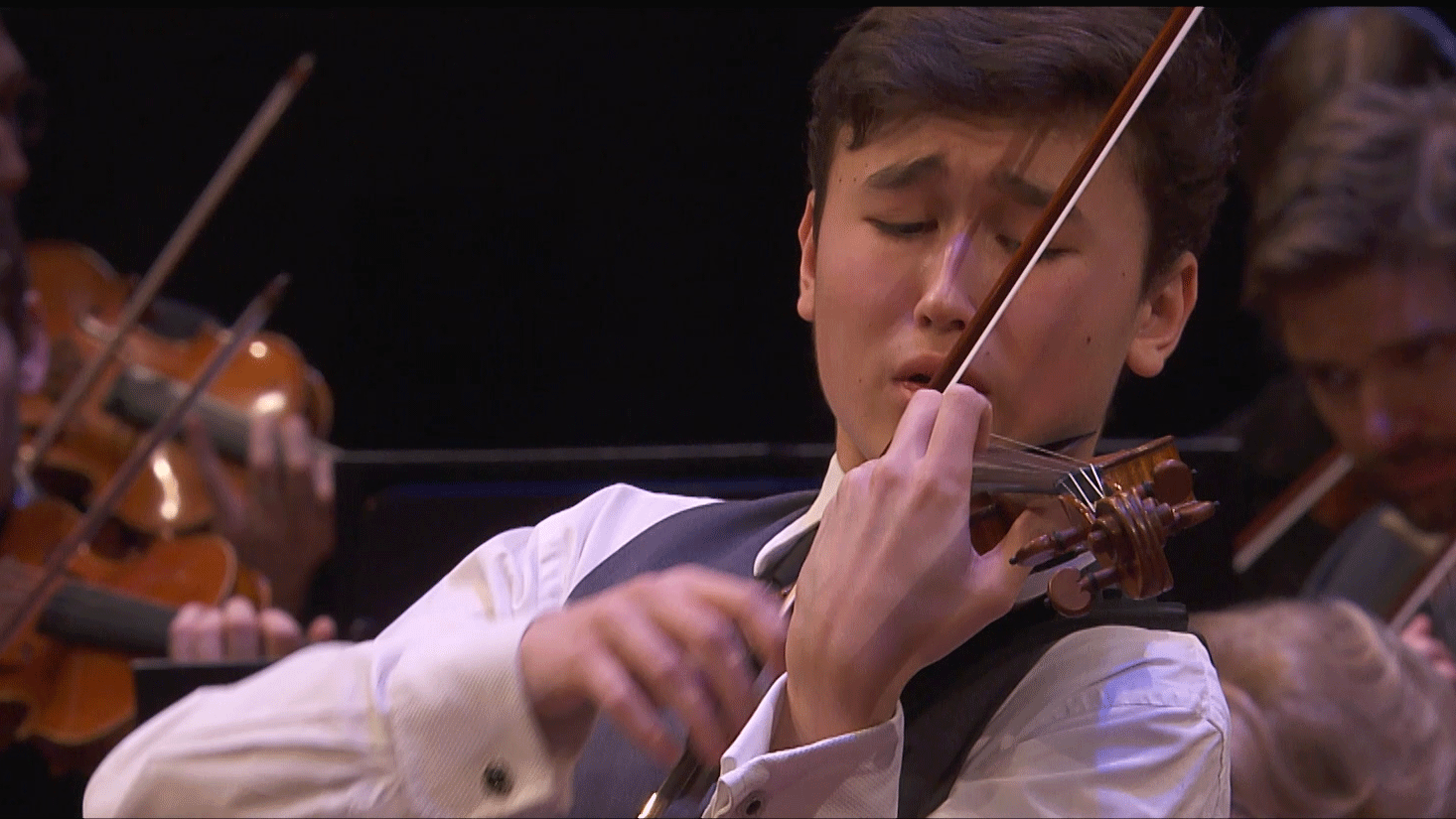 Tugan Sokhiev conducts Bruch and Shostakovich – With Daniel Lozakovich