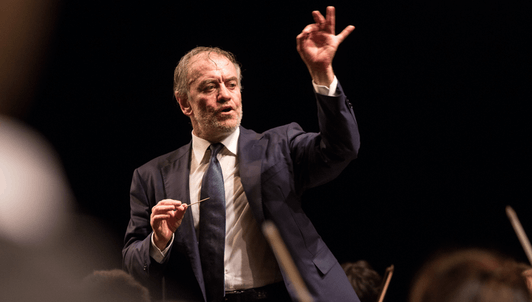 Valery Gergiev dirige Shchedrin y Rimski-Kórsakov