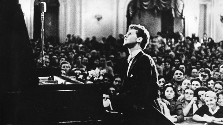 Van Cliburn, Concert pianist