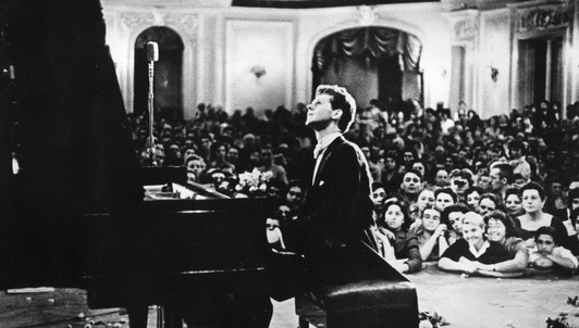 Van Cliburn plays Brahms, Prokofiev, and Rachmaninov