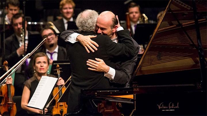 Gábor Tákacs-Nagy conducts Haydn, Bartók and Beethoven – With András Schiff