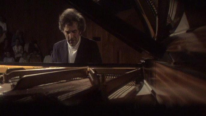 Vladimir Ashkenazy in recital (IV/VI)